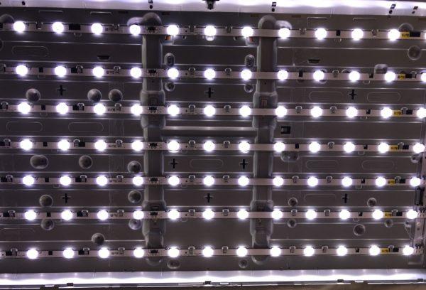 Светящиеся диоды телевизора Samsung